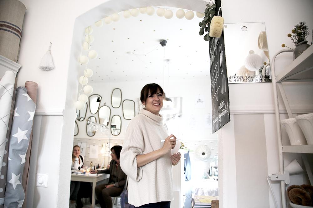 17 Kalligraphie Workshop Jeanette Mokosch | Villa Lotta (Lisa Jagenteufel) | Photograph (c) Maria Weiss
