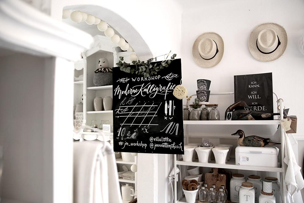 20 Kalligraphie Workshop Jeanette Mokosch | Villa Lotta (Lisa Jagenteufel) | Photograph (c) Maria Weiss