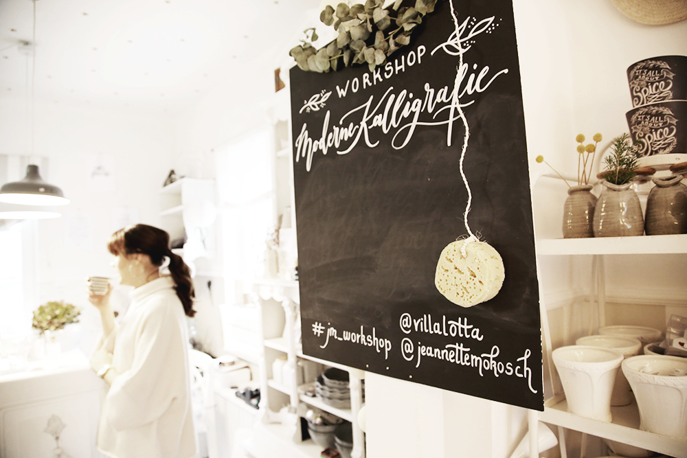 5 Kalligraphie Workshop Jeanette Mokosch | Villa Lotta (Lisa Jagenteufel) | Photograph (c) Maria Weiss