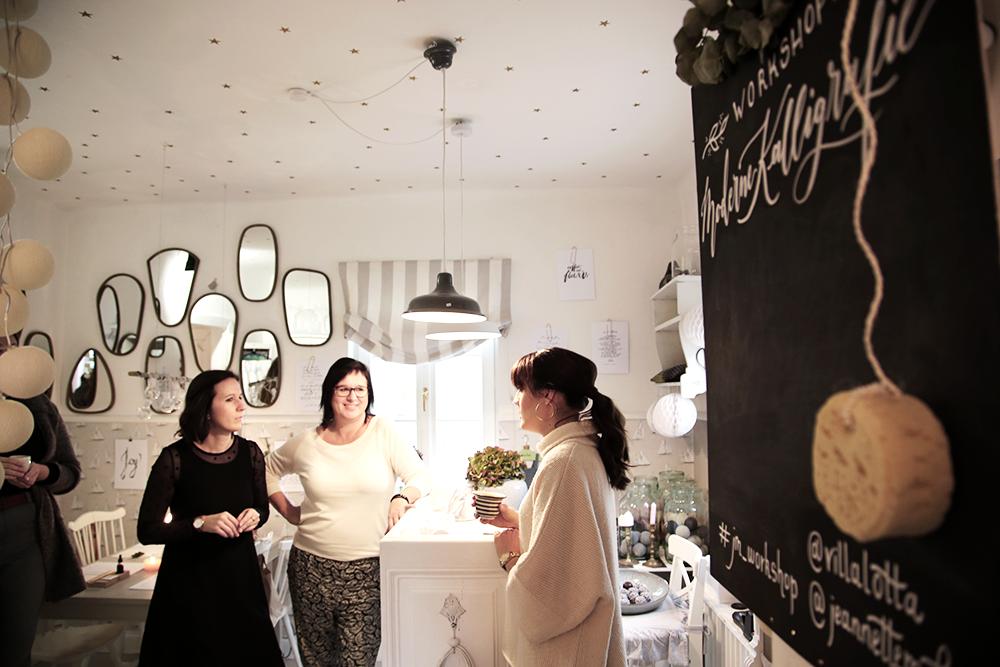 6 Kalligraphie Workshop Jeanette Mokosch | Villa Lotta (Lisa Jagenteufel) | Photograph (c) Maria Weiss