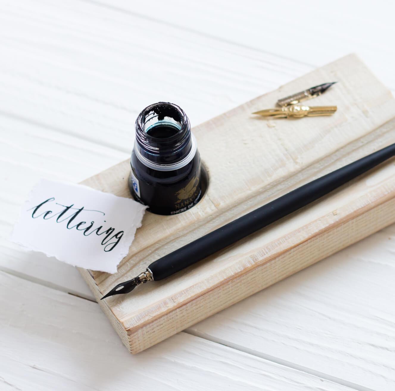 Federablage aus Holz Kalligraphie Tusche Tinte Schreibtisch Füller Set